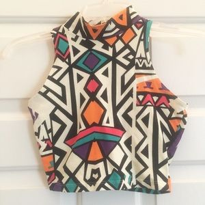 Small Geometric crop top with high neck